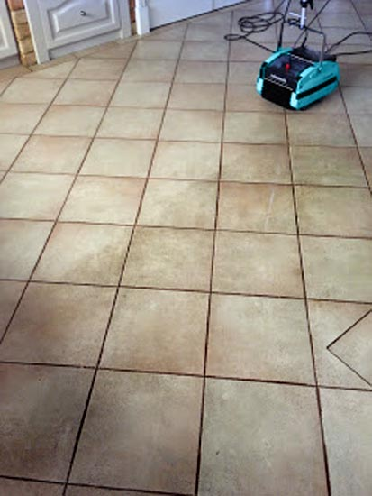 Cleaning Ceramic Tiles Grout - Rotowash