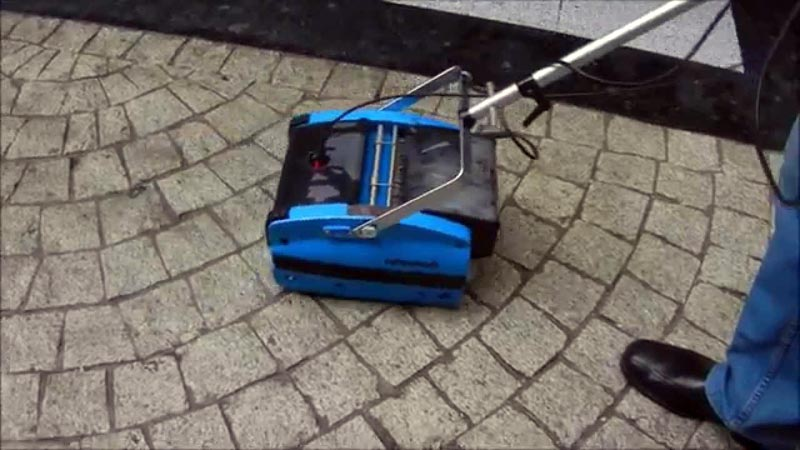 Cleaning Patio Surface Floors - Rotowash