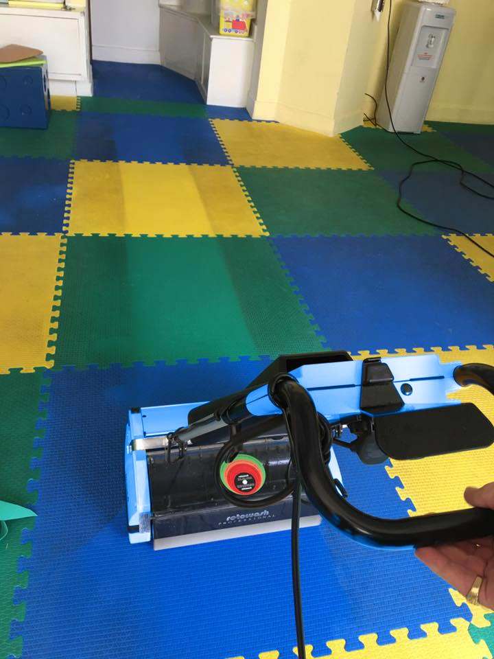 Kidzone floor matting cleaning - Rotowash